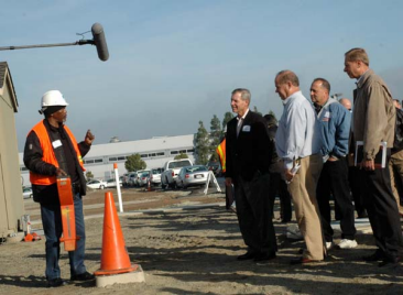 "Ron White demonstrates ""Mark and Locate"" procedures to PG&E Chief Operating Officer Jack Kennan, IBEW Business Manager Tom Dalzell, Gas Crew Foreman Mike Scafani, and PG&E Director of Labor Relations Steve Rayburn."