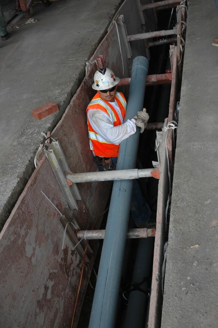 Efrain Neva, Technician, Underground Construction 2009