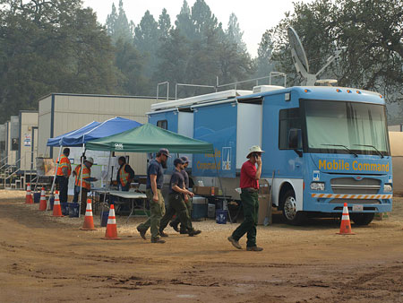 PG&E workers respond to the Rim Fire