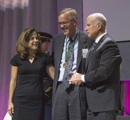 Fred Ross (center) accepts the award on his father's behalf from Gov. Jerry Brown and his wife, Anne Gust Brown. Photo by Peter A. Williams. © The California Museum