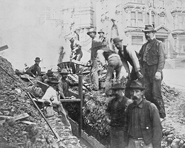 Utility workers performing underground work in San Francisco in 1900, the year IBEW Local 151 was organized. Pacific Gas & Electric