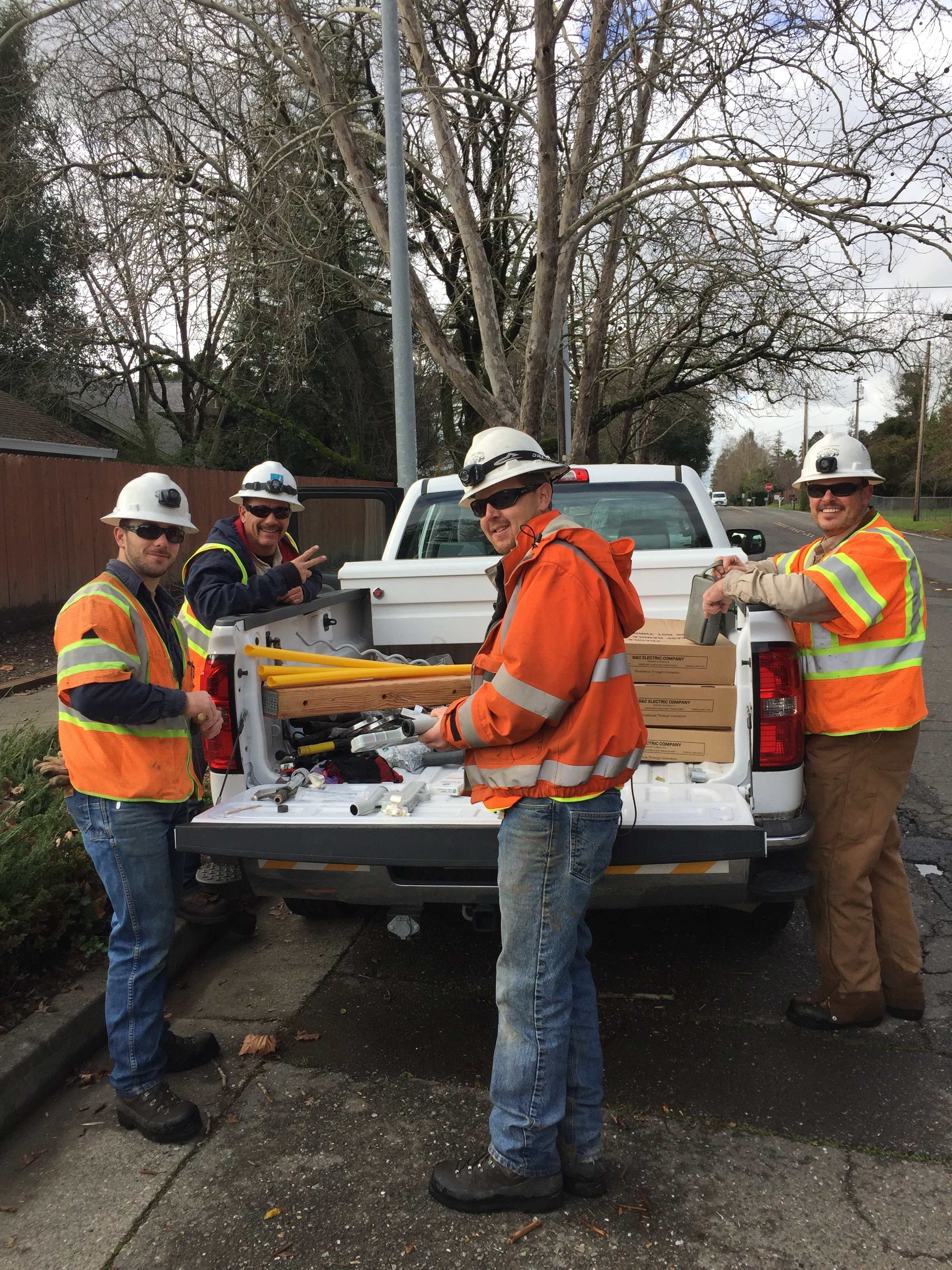 City Of Healdsburg Electric Crews On Mutual Assistance