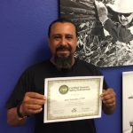 """Local 1245 Keep the Clearance Committee Members Receive Tree Safety Professional Certificate /Miembros del Comité """"Mantenga la Distancia"""" del Local 1245 Reciben el Certificado Profesional en Materia de Seguridad para el Cuidado de Árboles"""